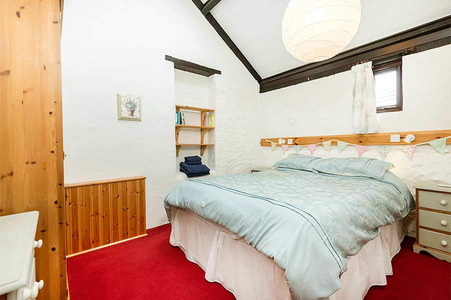 Double Bedroom in Cider Barn