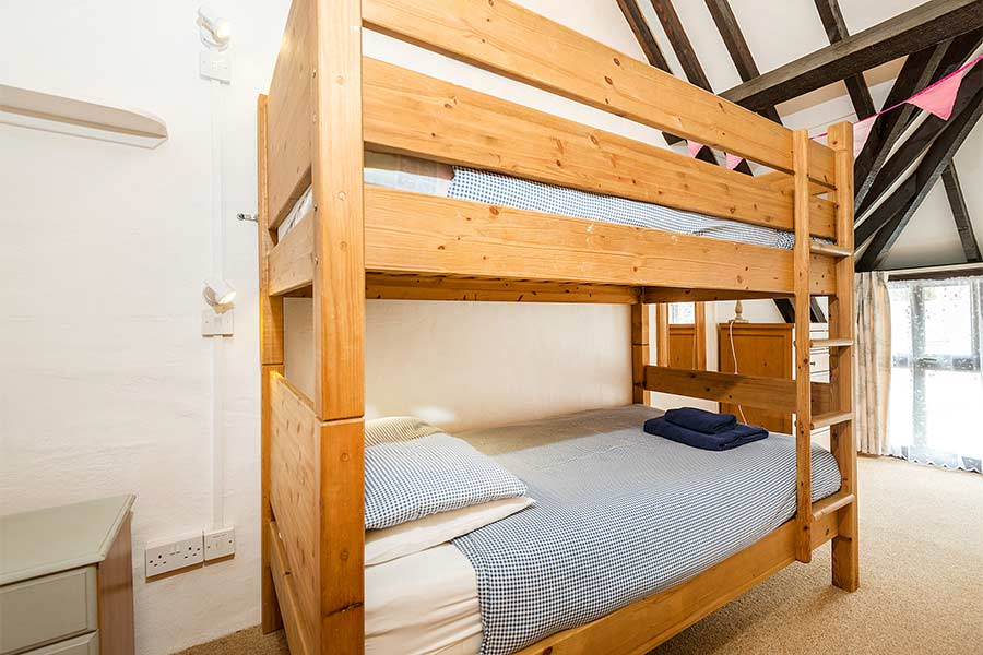 Twin Room bunk beds in Squirrels Drey